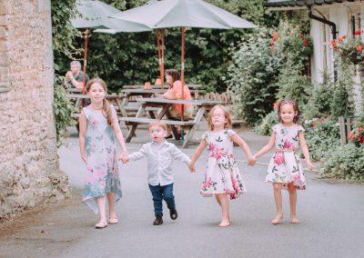 natural-essex-wedding-photo