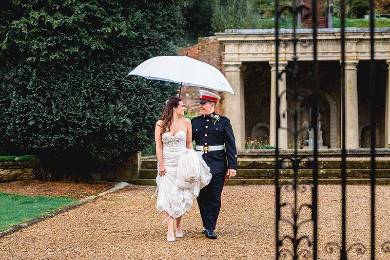 rainy_day_wedding_photo_essex