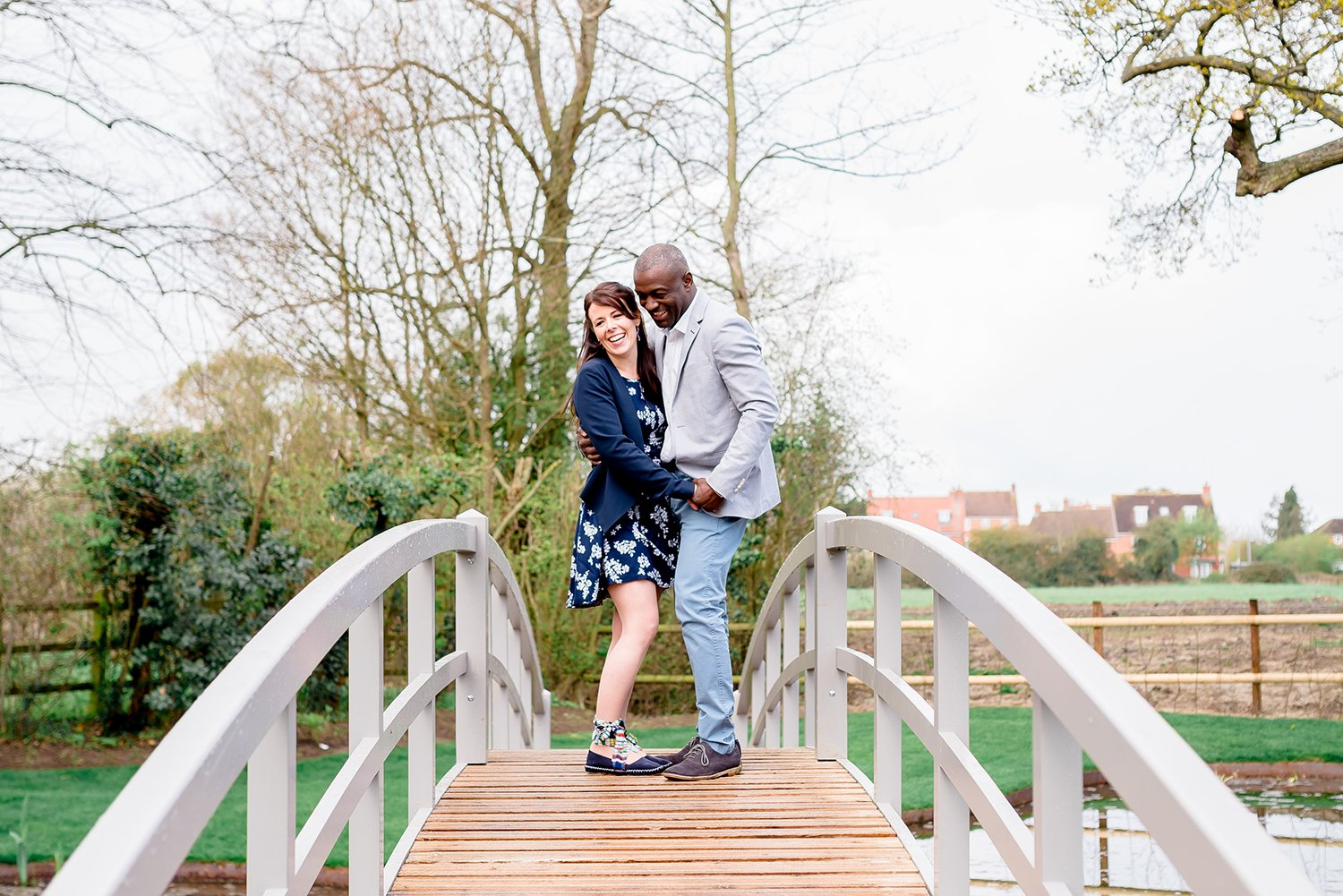 relaxed-couple-photo-essex-wedding-photographer