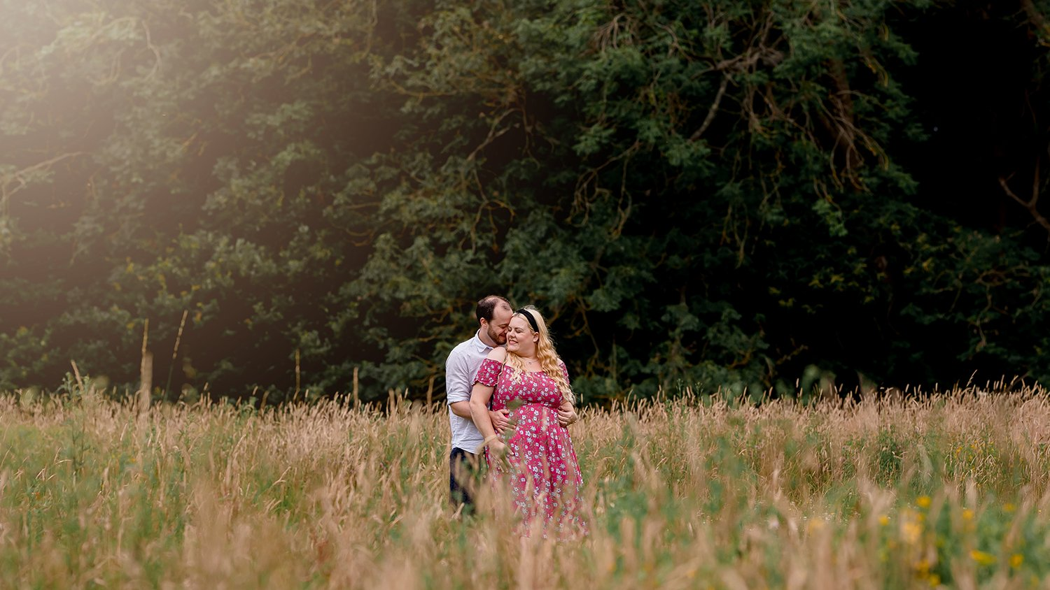 romantic-essex-wedding-engagement-photo