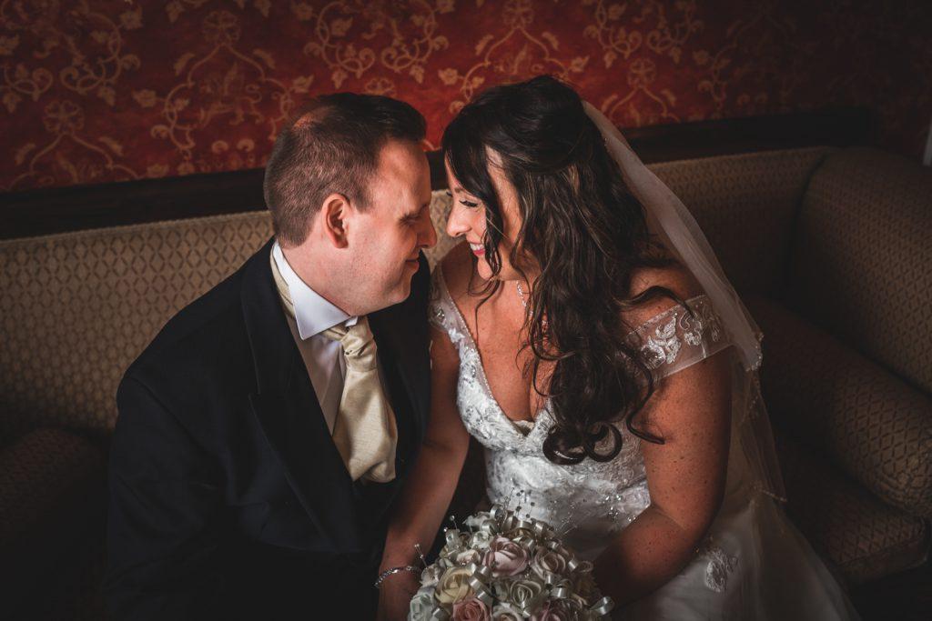 romantic-wedding-photo-the-fennes